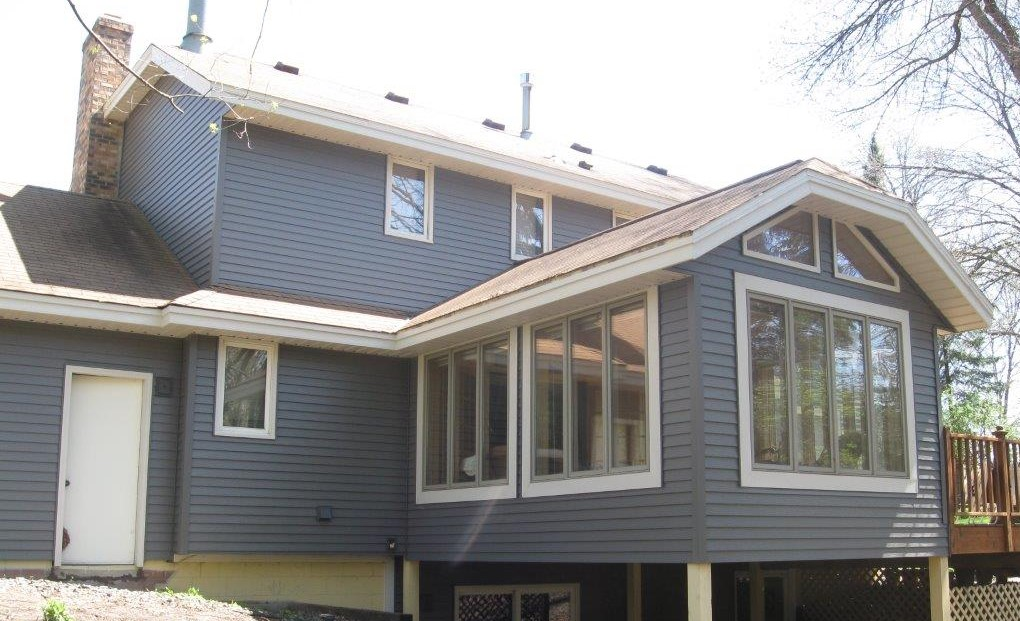 ABC Seamless Steel Siding in Charcoal Gray