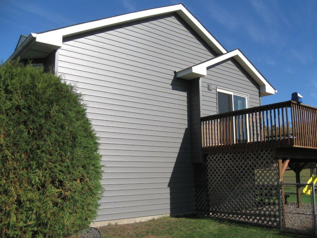 charcoal-gray-seamless-siding